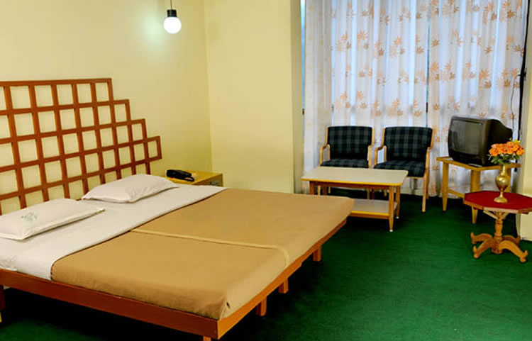 Hotel ooty gate ooty contact number review photos ooty hotels for 20 rooms hotel
