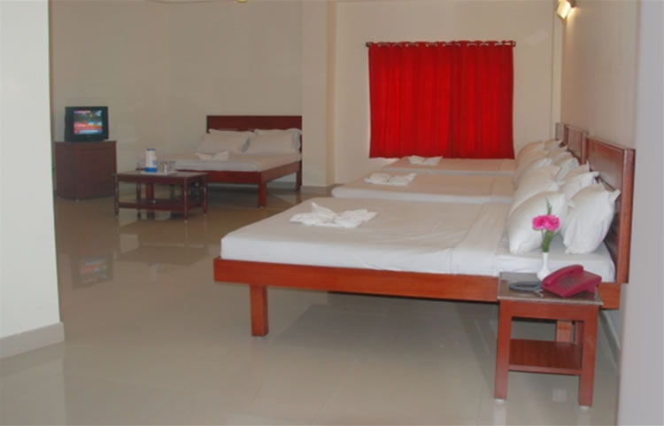 Hotel Sanjay eight bedded room