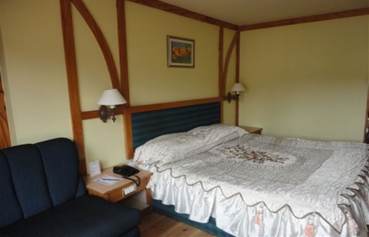 Nahar Nilgiris priviledge double room
