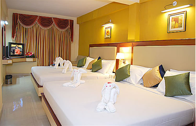 Ponmari Residency Royal Family Room