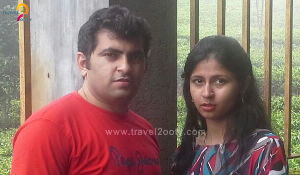 Karan Raja & Divya Mirani   Ooty honeymoon tour packages from Bangalore