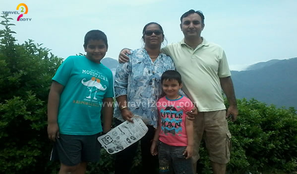 naveen & anuradha family tour in ooty