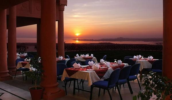 Hotel Noor Restaurant