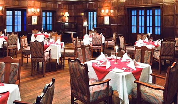 Hotel Taj Restaurant